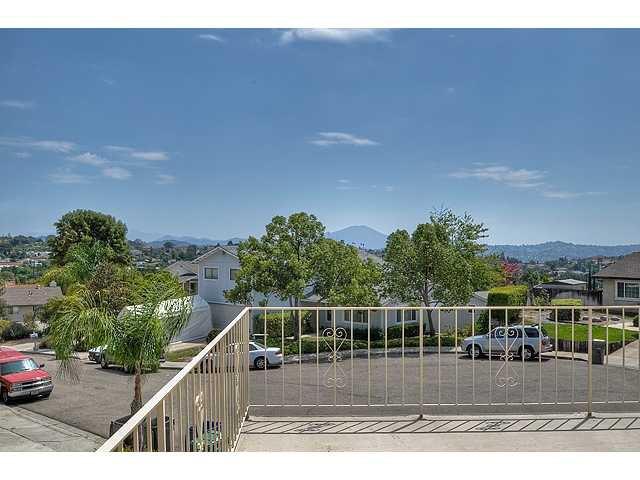 Photo 19: Photos: EL CAJON House for sale : 4 bedrooms : 12414 Rosey Road