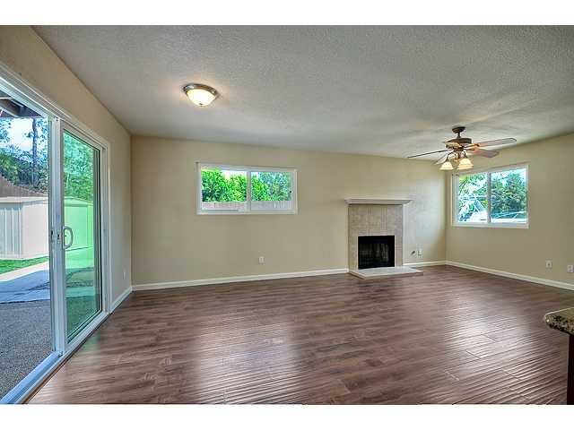 Photo 7: Photos: EL CAJON House for sale : 4 bedrooms : 12414 Rosey Road