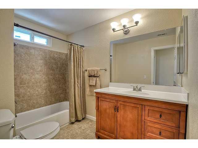 Photo 15: Photos: EL CAJON House for sale : 4 bedrooms : 12414 Rosey Road