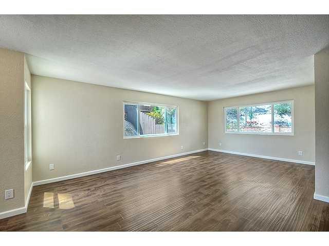 Photo 4: Photos: EL CAJON House for sale : 4 bedrooms : 12414 Rosey Road