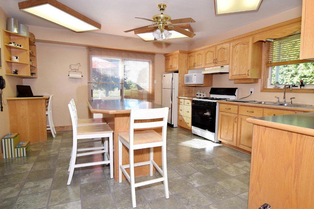 Photo 20: Photos: 641 Main Street in BEAVERTON: Brock Freehold for sale (Durham)  : MLS®# N3610346