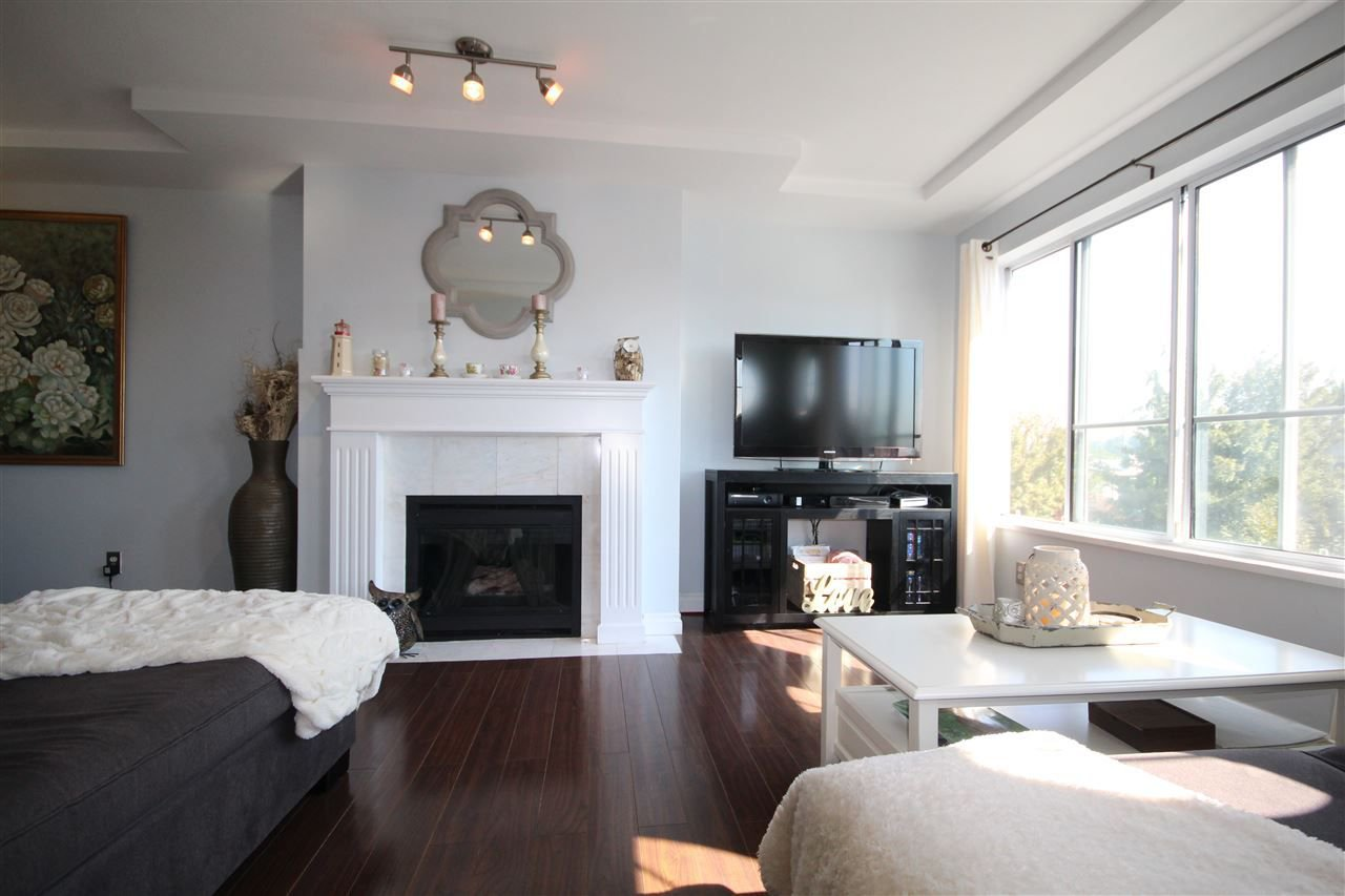 Main Photo: 307 6475 CHESTER STREET in Vancouver: Fraser VE Condo for sale (Vancouver East)  : MLS®# R2304924