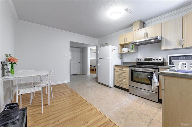 Photo 16: Photos: 668 E 55TH Avenue in VANCOUVER: South Vancouver House for sale (Vancouver East)  : MLS®# R2368177