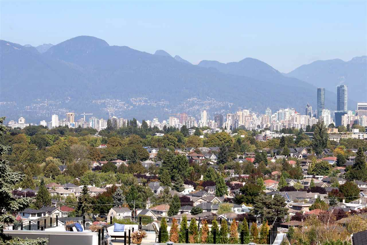 Main Photo: 4207 QUESNEL Drive in Vancouver: MacKenzie Heights House for sale (Vancouver West)  : MLS®# R2403769