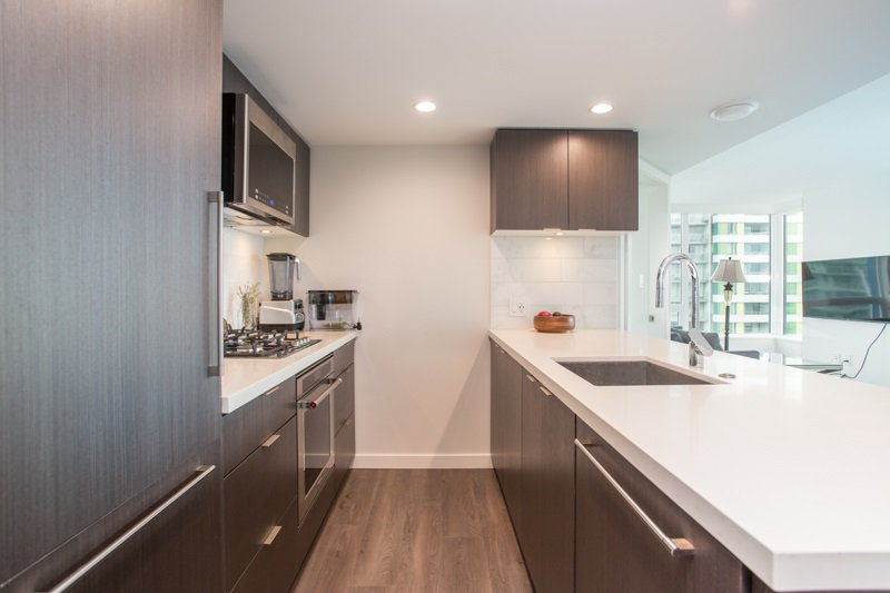 Photo 5: Photos: 2907 8189 CAMBIE Street in Vancouver: Marpole Condo for sale (Vancouver West)  : MLS®# R2429910