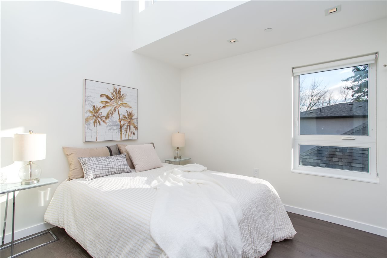 Photo 14: Photos: 4468 ONTARIO Street in Vancouver: Main House for sale (Vancouver East)  : MLS®# R2431010