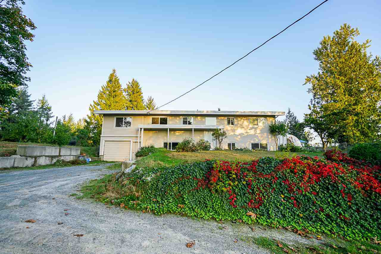 Main Photo: 31050 HARRIS Road in Abbotsford: Bradner House for sale : MLS®# R2505223