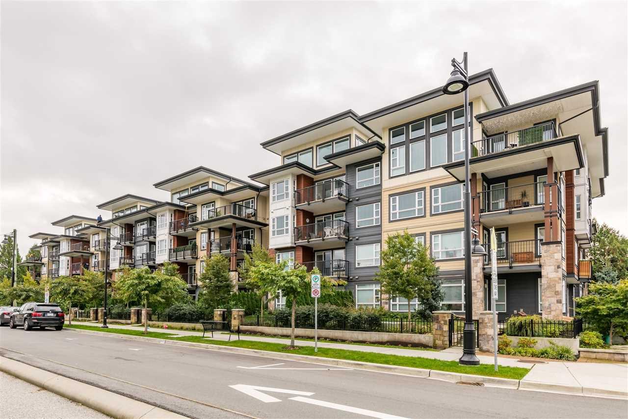 """Main Photo: 104 22562 121 Avenue in Maple Ridge: East Central Condo for sale in """"EDGE 2"""" : MLS®# R2510973"""