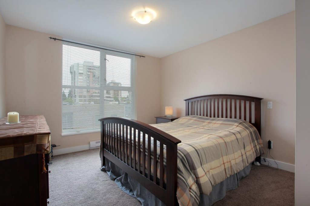 """Photo 6: Photos: 405 121 W 16TH Street in North Vancouver: Central Lonsdale Condo for sale in """"THE SILVA"""" : MLS®# V965894"""