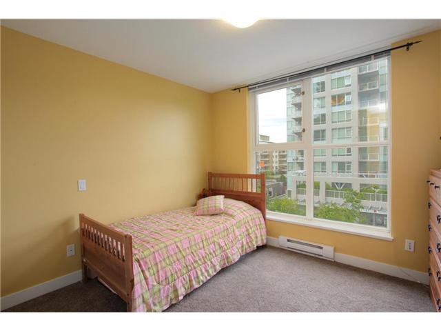 """Photo 23: Photos: 405 121 W 16TH Street in North Vancouver: Central Lonsdale Condo for sale in """"THE SILVA"""" : MLS®# V965894"""