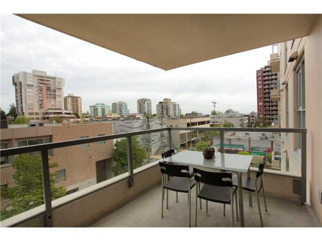 """Photo 24: Photos: 405 121 W 16TH Street in North Vancouver: Central Lonsdale Condo for sale in """"THE SILVA"""" : MLS®# V965894"""