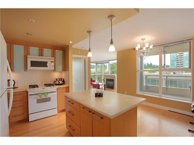 """Photo 21: Photos: 405 121 W 16TH Street in North Vancouver: Central Lonsdale Condo for sale in """"THE SILVA"""" : MLS®# V965894"""