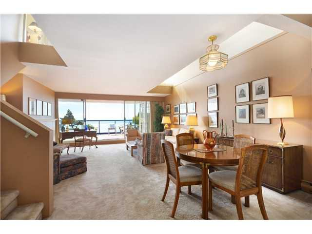 Photo 4: Photos: 202 2274 FOLKESTONE Way in West Vancouver: Panorama Village Condo for sale : MLS®# V1026736