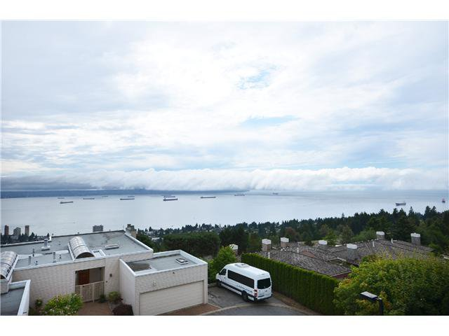 Photo 18: Photos: 202 2274 FOLKESTONE Way in West Vancouver: Panorama Village Condo for sale : MLS®# V1026736