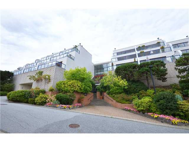 Photo 1: Photos: 202 2274 FOLKESTONE Way in West Vancouver: Panorama Village Condo for sale : MLS®# V1026736