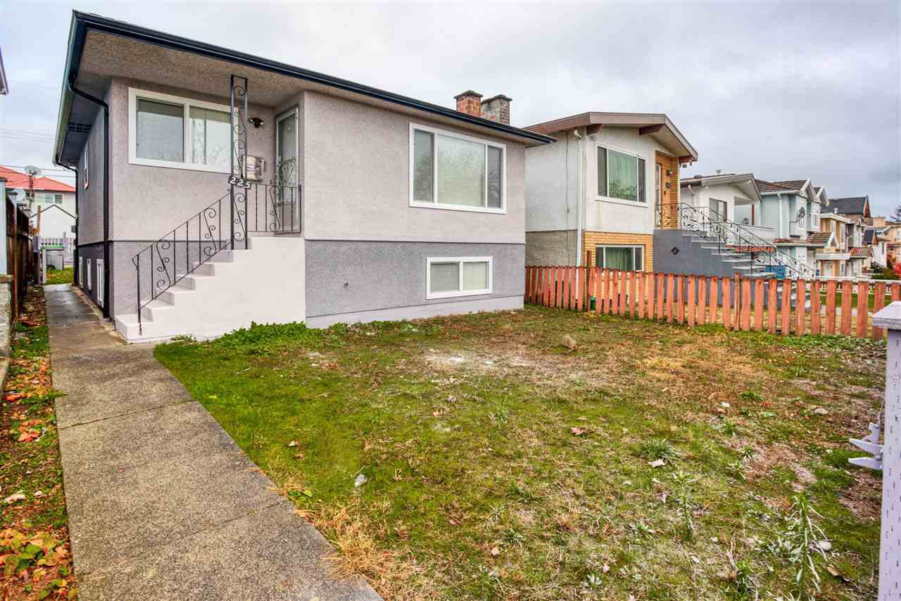 Main Photo: 225 E 58TH Avenue in Vancouver: South Vancouver House for sale (Vancouver East)  : MLS®# R2419683