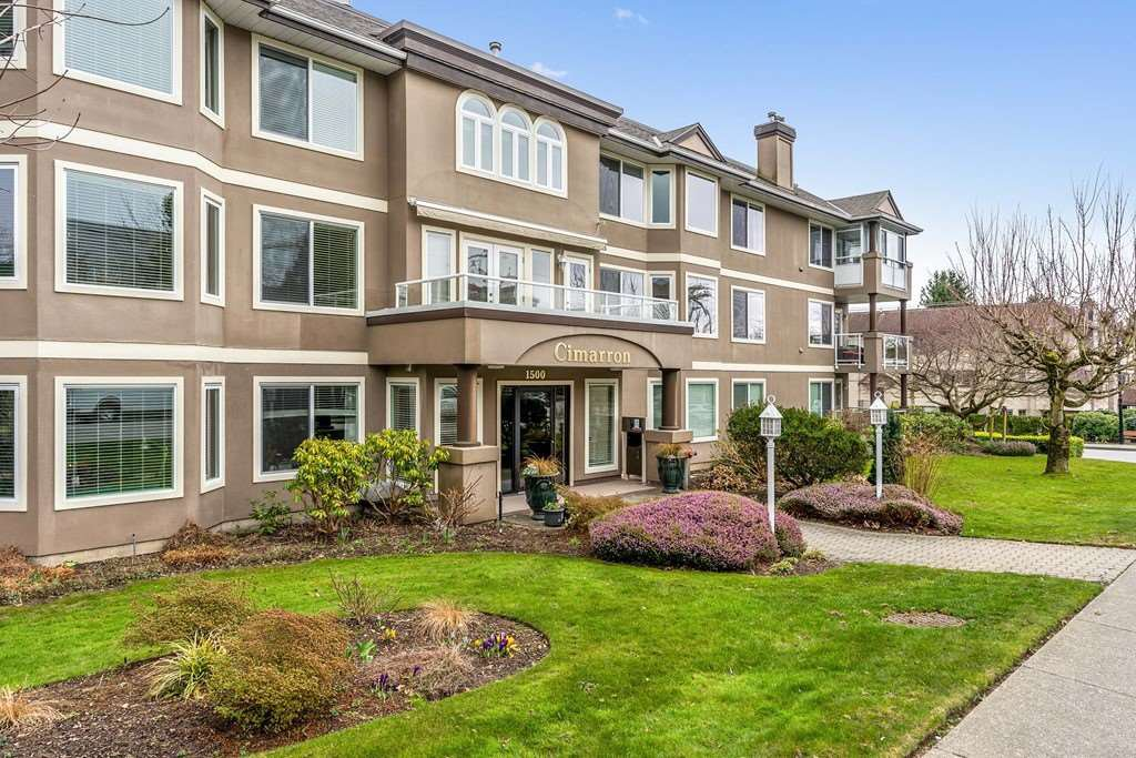 "Main Photo: 103 1500 MERKLIN Street: White Rock Condo for sale in ""CIMARRON"" (South Surrey White Rock)  : MLS®# R2439383"