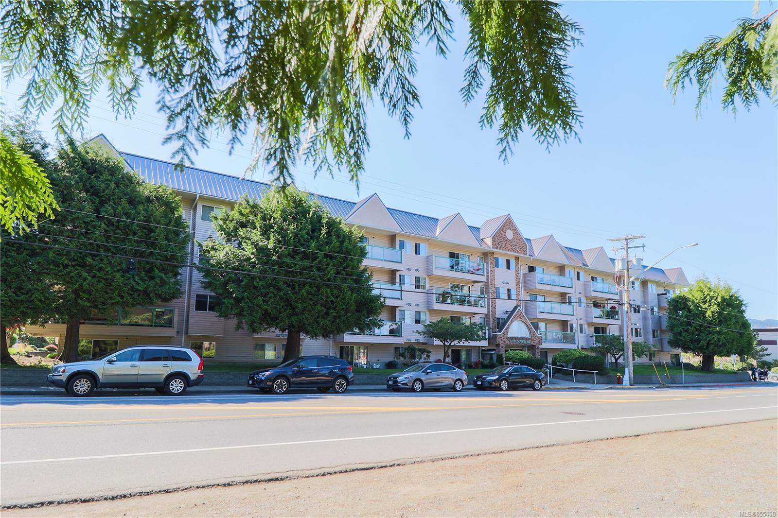 Main Photo: 203 6715 Dover Rd in : Na North Nanaimo Condo Apartment for sale (Nanaimo)  : MLS®# 855400