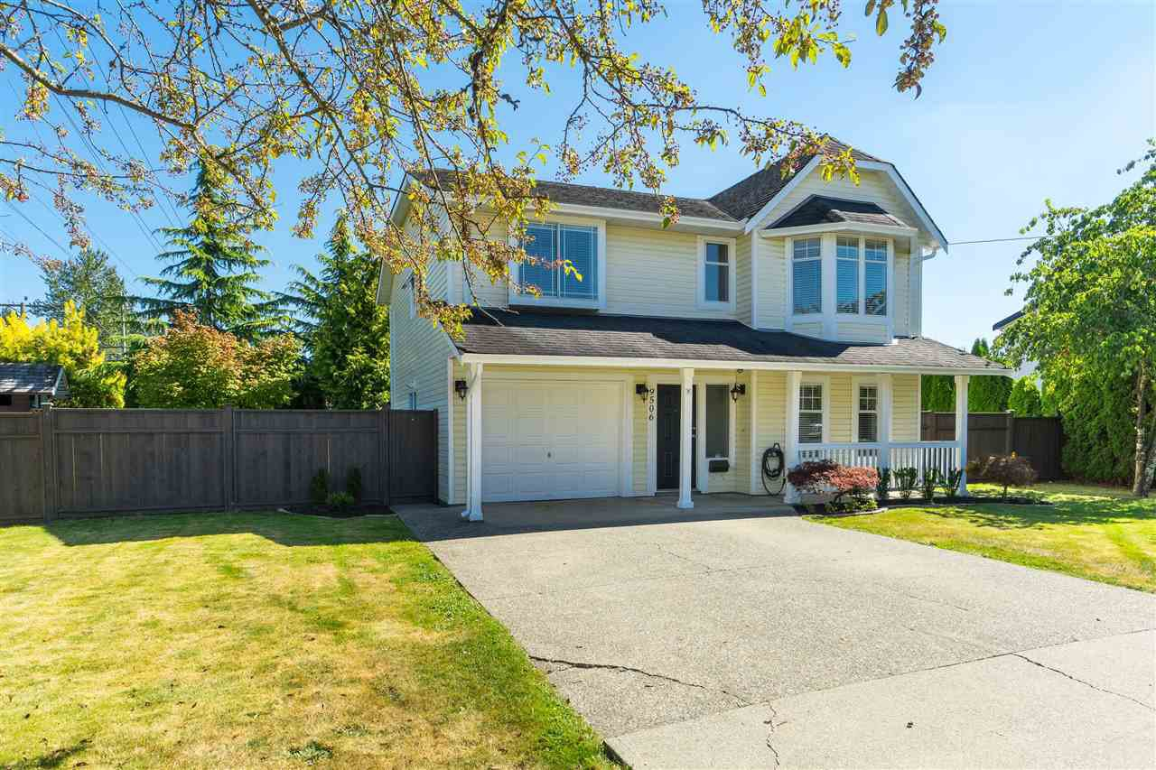 Main Photo: 9506 213 STREET in Langley: Walnut Grove House for sale : MLS®# R2495065