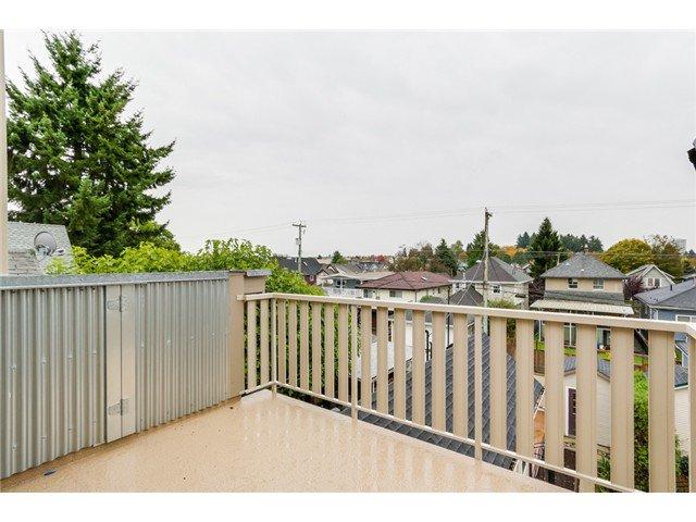 Photo 17: Photos: 1538 E 10 Avenue in Vancouver: Grandview VE House 1/2 Duplex  (Vancouver East)  : MLS®# V1092394