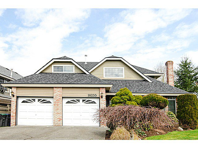 Main Photo: 16255 S Glenwood Crescent in Surrey: Fraser Heights House for sale : MLS®# F1408385