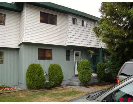 "Main Photo: 14 10880 152ND ST in Surrey: Bolivar Heights Townhouse for sale in ""Woodbridge"" (North Surrey)  : MLS®# F2620448"