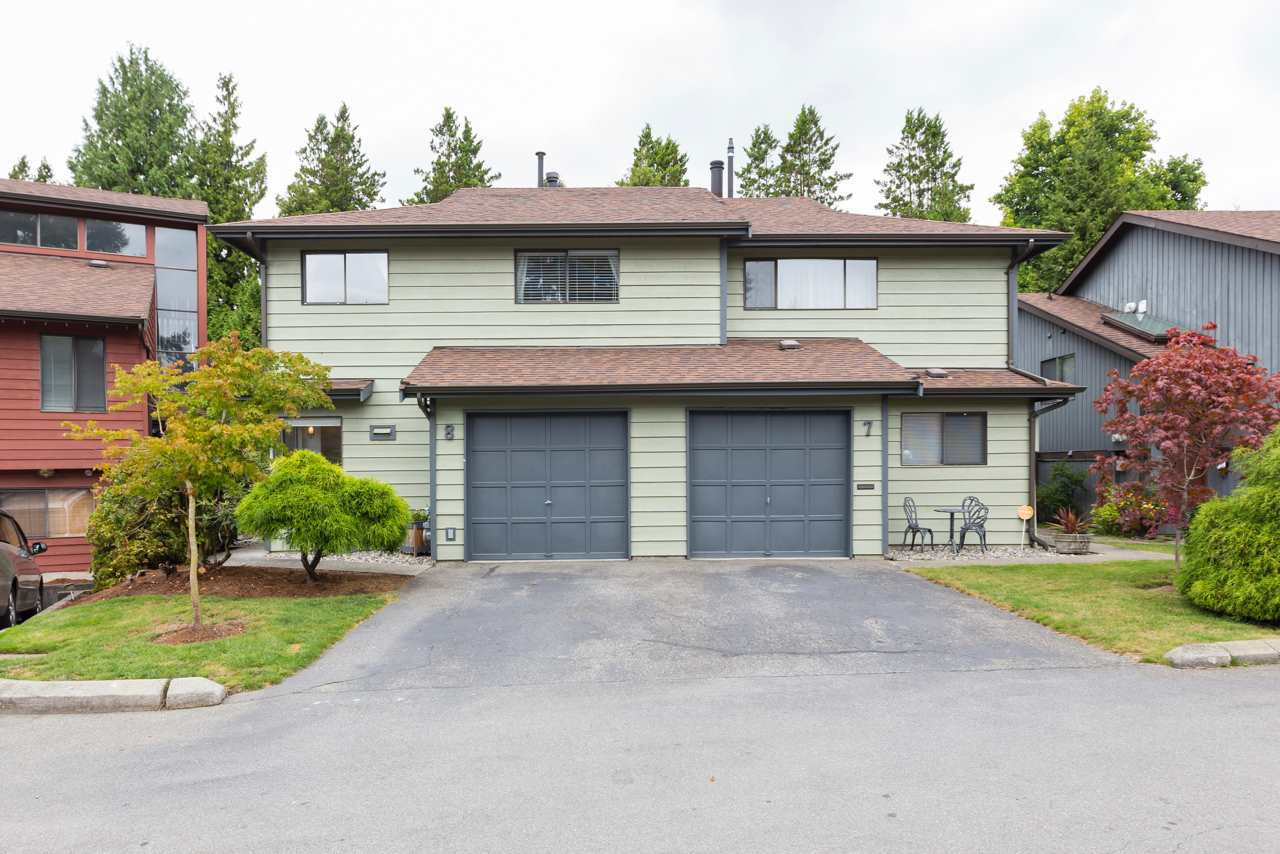 "Main Photo: 8 21550 CHERRINGTON Avenue in Maple Ridge: West Central Townhouse for sale in ""Maple Ridge Estates"" : MLS®# R2405677"