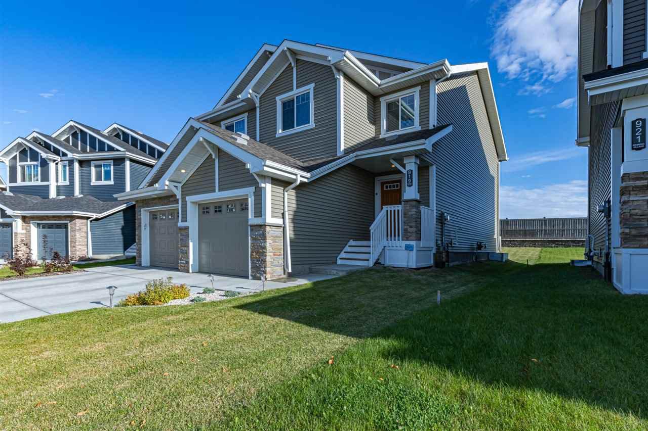 Main Photo: 919 EBBERS Crescent in Edmonton: Zone 02 House Half Duplex for sale : MLS®# E4174486