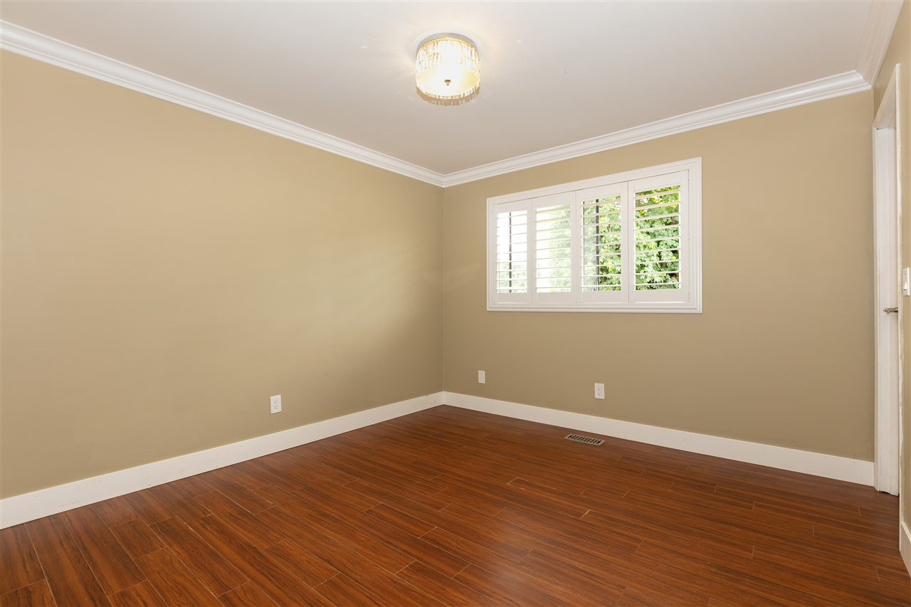 Photo 8: Photos: 1680 CONNAUGHT Drive in Port Coquitlam: Lower Mary Hill House for sale : MLS®# R2416720