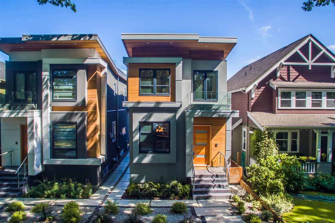 Main Photo: 2949 W 28TH Avenue in Vancouver: MacKenzie Heights House for sale (Vancouver West)  : MLS®# R2447344