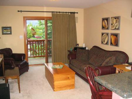 Photo 6: Photos: Resident restriction results in great Value