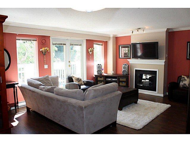 Photo 3: Photos: # 34 6588 SOUTHOAKS CR in Burnaby: Highgate Condo for sale (Burnaby South)  : MLS®# V1032388