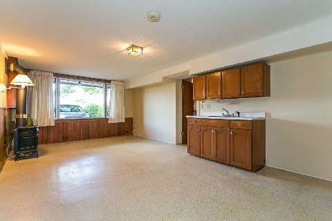 Photo 15: Photos: 1 Mangrove Road in Toronto: Rustic House (Bungalow-Raised) for sale (Toronto W04)  : MLS®# W2978109