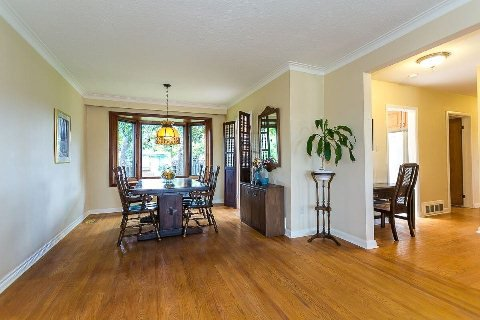 Photo 11: Photos: 1 Mangrove Road in Toronto: Rustic House (Bungalow-Raised) for sale (Toronto W04)  : MLS®# W2978109