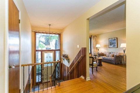 Photo 5: Photos: 1 Mangrove Road in Toronto: Rustic House (Bungalow-Raised) for sale (Toronto W04)  : MLS®# W2978109