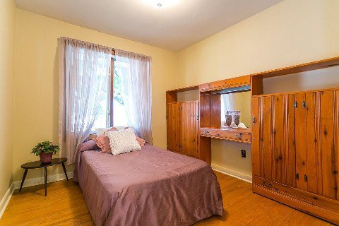 Photo 3: Photos: 1 Mangrove Road in Toronto: Rustic House (Bungalow-Raised) for sale (Toronto W04)  : MLS®# W2978109