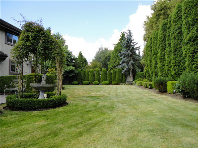 Main Photo: 12411 57B AV in Surrey: Panorama Ridge House for sale : MLS®# F1421631