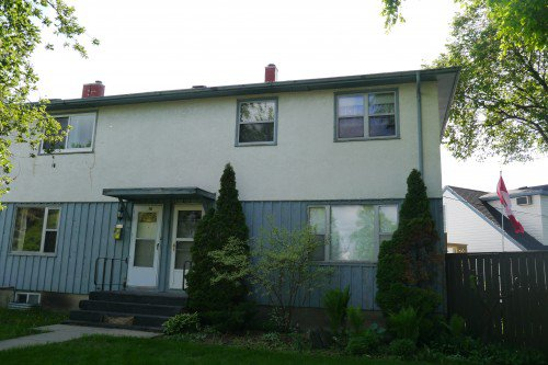 Main Photo: 38 Beaumont Bay in Winnipeg: Fort Garry Townhouse for sale (South Winnipeg)  : MLS®# 1505895
