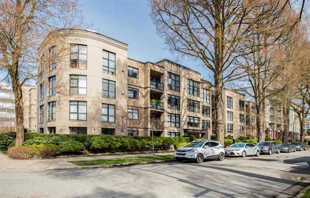 Main Photo: 304 2181 W 10th Avenue in Vancouver: Kitsilano Condo  (Vancouver West)  : MLS®# R2252839