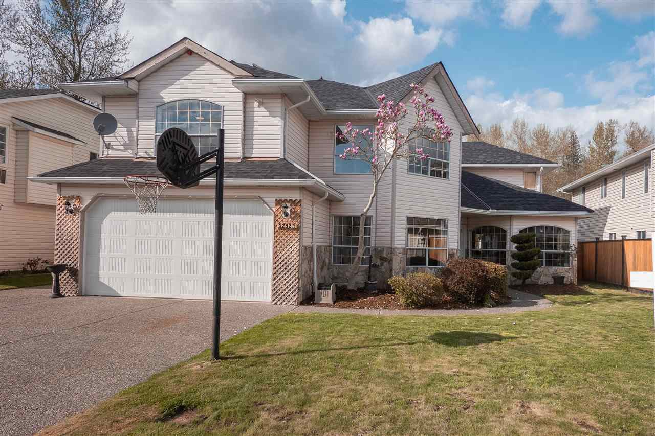 Main Photo: 32923 HARWOOD PLACE in Abbotsford: Central Abbotsford House for sale : MLS®# R2372830