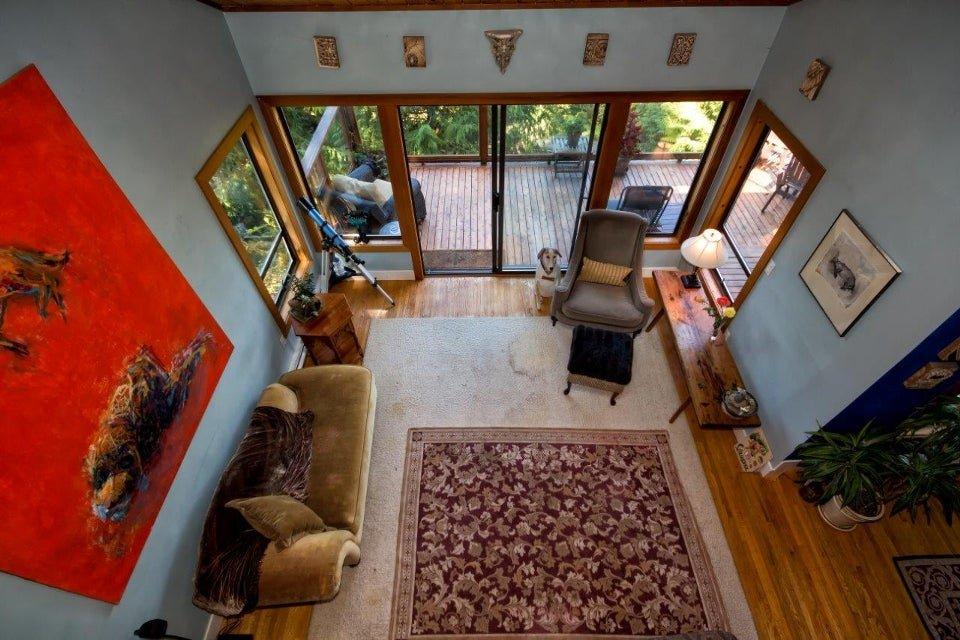 Main Photo: 8598 BEDORA PL, Howe Sound, West Vancouver, BC, V7W 2W4 in West Vancouver: Howe Sound Residential Detached for sale : MLS®# V1027427