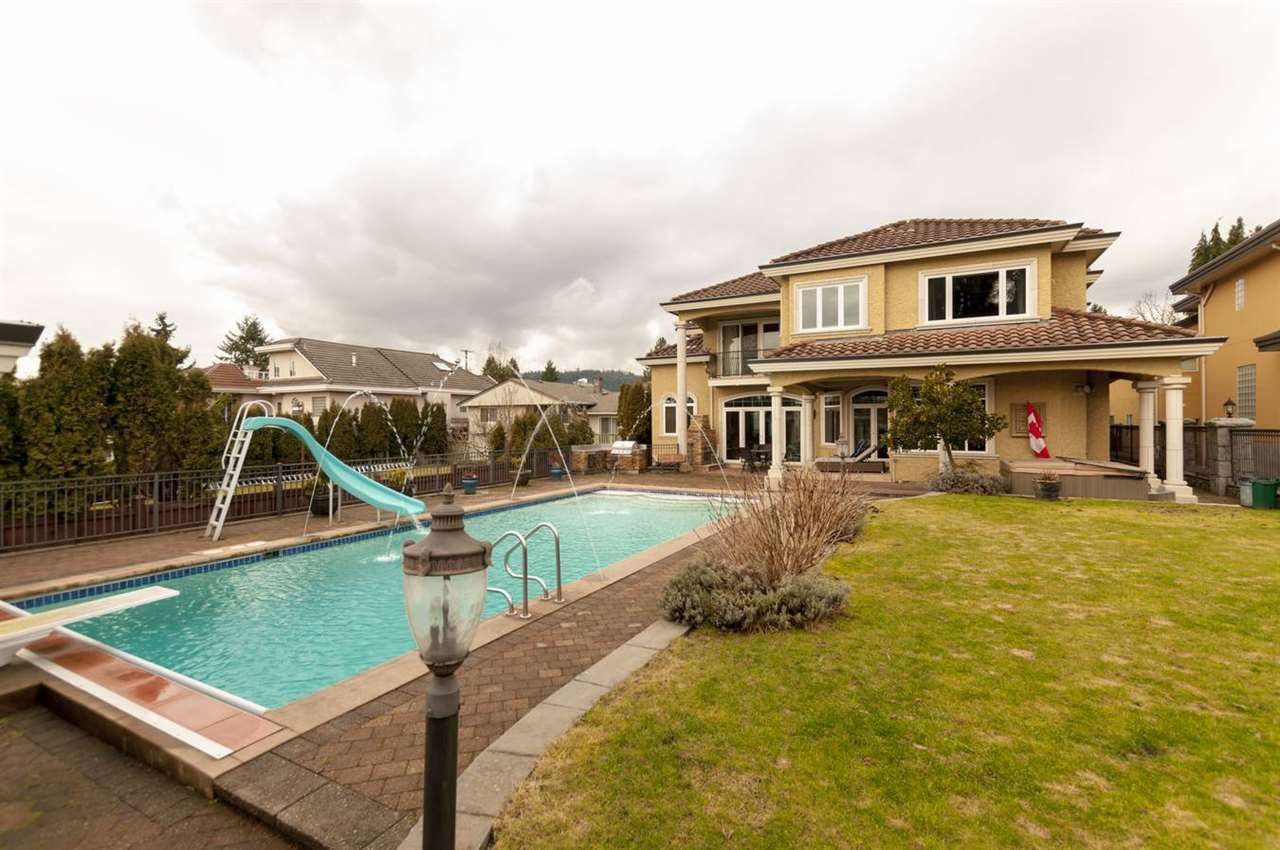 """Main Photo: 630 FOSTER Avenue in Coquitlam: Coquitlam West House for sale in """"Coquitlam West"""" : MLS®# R2440106"""