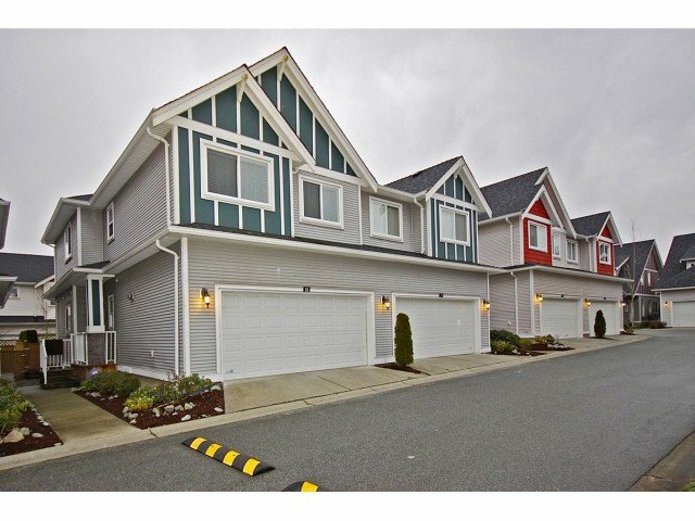 """Main Photo: # 16 19977 71ST AV in Langley: Willoughby Heights Townhouse for sale in """"Sandhill Village"""" : MLS®# F1301226"""