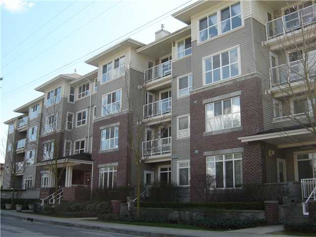 Main Photo: 202 2266 ATKINS Avenue in Port Coquitlam: Central Pt Coquitlam Condo  : MLS®# V930197