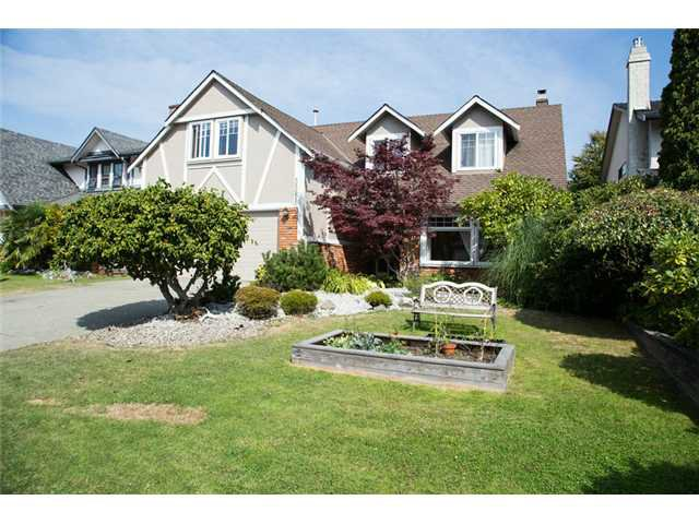 Main Photo: 5521 SUMMER Way in Tsawwassen: Pebble Hill House for sale : MLS®# V1081808