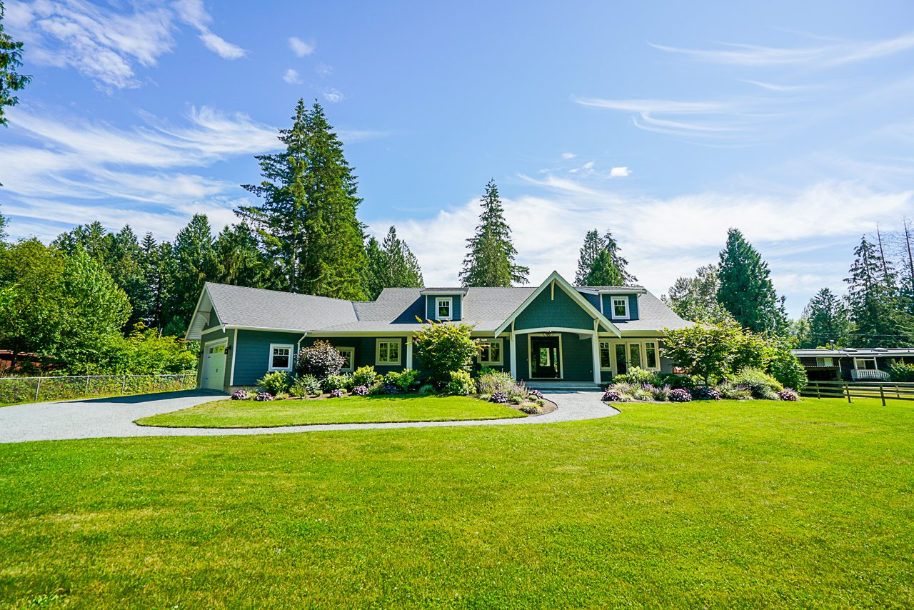 """Main Photo: 21776 6 Avenue in Langley: Campbell Valley House for sale in """"CAMPBELL VALLEY"""" : MLS®# R2476561"""