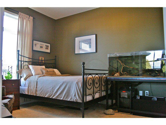 """Photo 7: Photos: 103 9233 FERNDALE Road in Richmond: McLennan North Condo for sale in """"RED 2"""" : MLS®# V930292"""