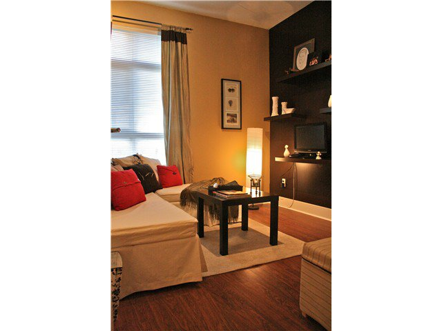 """Photo 8: Photos: 103 9233 FERNDALE Road in Richmond: McLennan North Condo for sale in """"RED 2"""" : MLS®# V930292"""