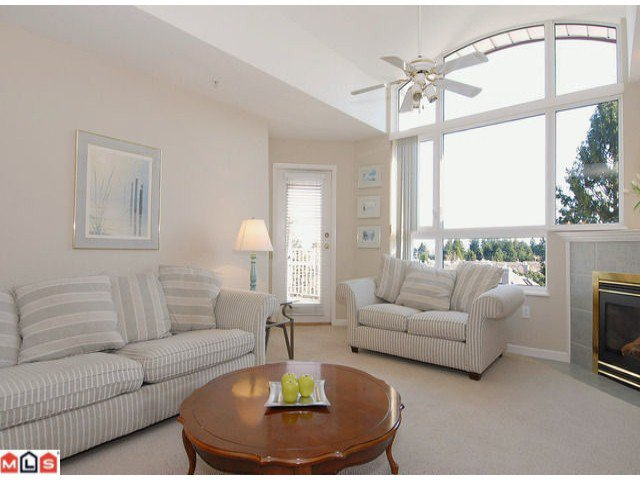 """Photo 2: Photos: PH21 1588 BEST Street: White Rock Condo for sale in """"THE MONTEREY"""" (South Surrey White Rock)  : MLS®# F1209031"""