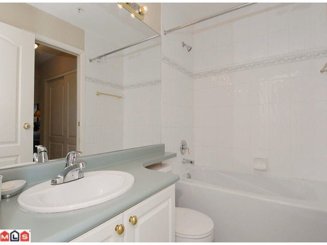 """Photo 9: Photos: PH21 1588 BEST Street: White Rock Condo for sale in """"THE MONTEREY"""" (South Surrey White Rock)  : MLS®# F1209031"""